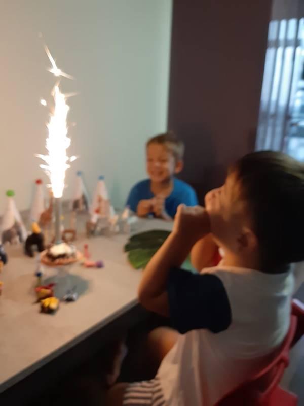 sorprendere i bambini con effetti speciali
