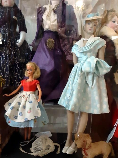 Collezione Fontana di bambole e giocattoli