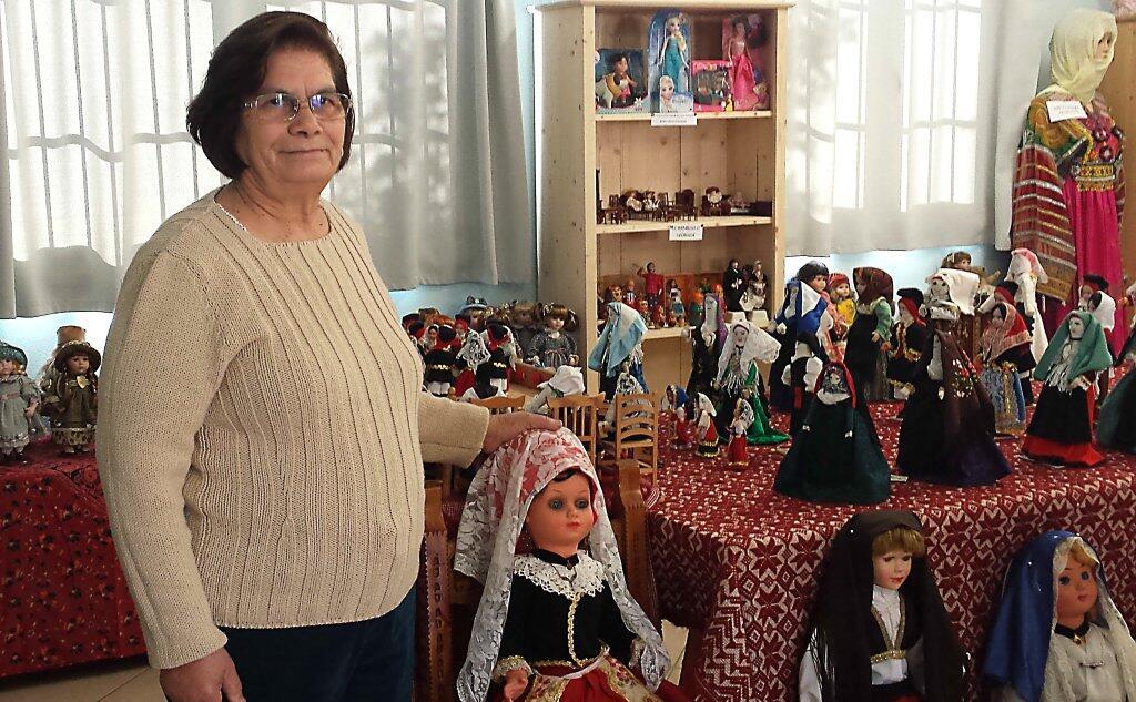 Maddalena Ibba e il suo museo delle bambole a Santadi